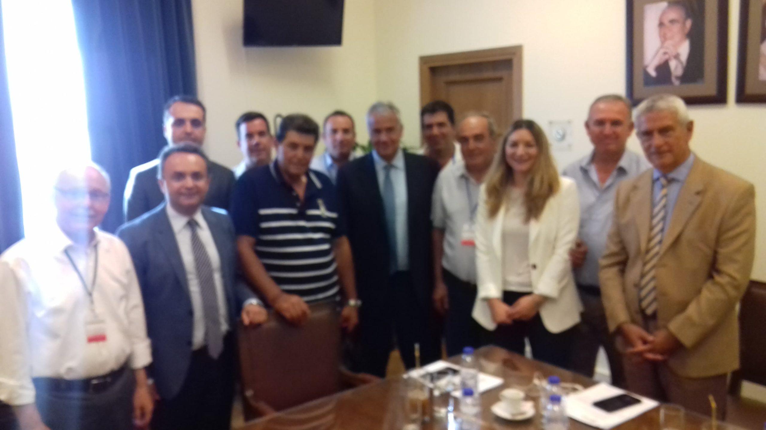 Συνάντηση με τον Υπουργό Αγροτικής Ανάπτυξης και Τροφίμων με επίκεντρο την ευρεία καταστροφή στο βαμβάκι του Έβρου