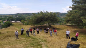 Πολίτες του Διδυμοτείχου σε δράση εθελοντικού καθαρισμού σε ιστορικό χώρο